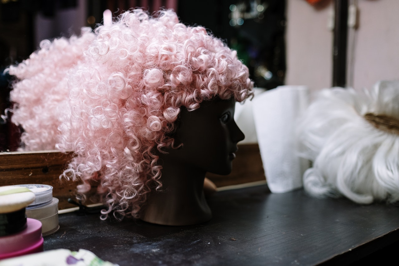 Can You Bleach a Synthetic Wig